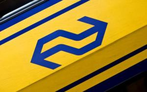 LEIDEN - NS Logo op de train. ANP PHOTO XTRA KOEN SUYK
